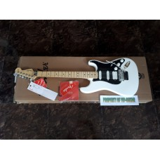 FENDER STRATOCASTER PLAYER HSS FLOYD ROSE WHITE