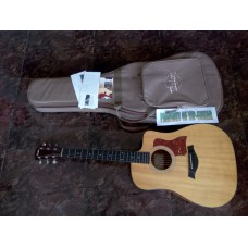 TAYLOR ACOUSTIC ELECTRIC 110 CE